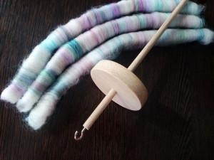 обучение прядению, прядение на веретене, как прясть шерсть, веретено