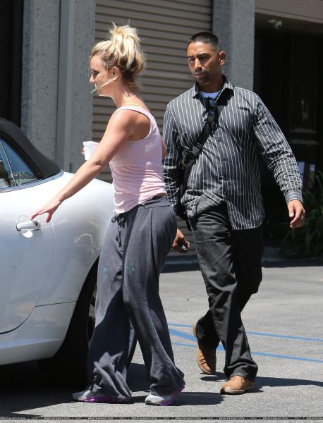 XRAY_Spears_Britney_081613_28629