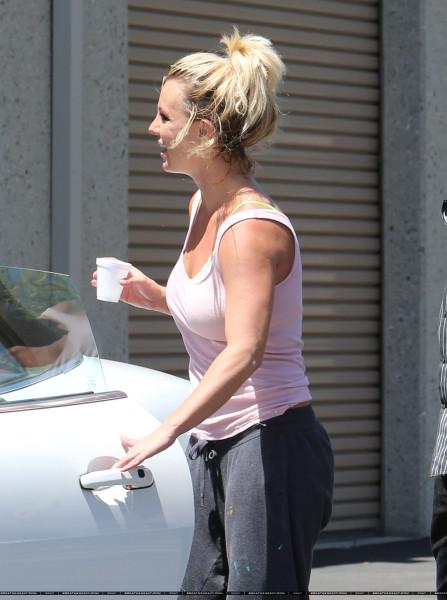 XRAY_Spears_Britney_081613_28829
