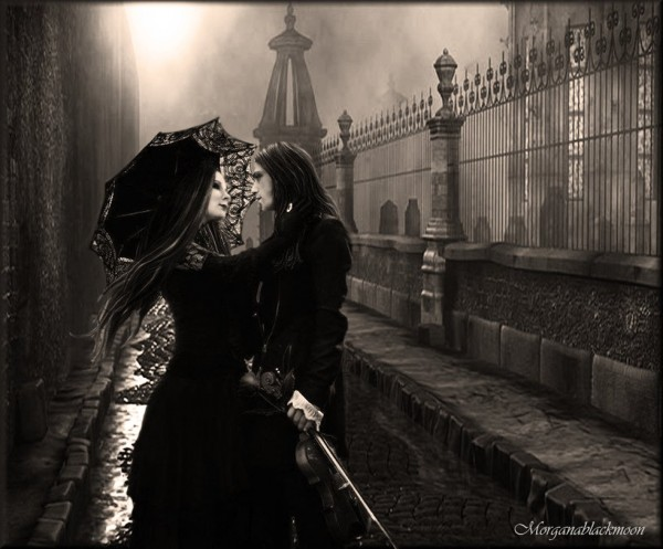 gothic_love_in_city____by_morganablackmoon-d5javv1.jpg