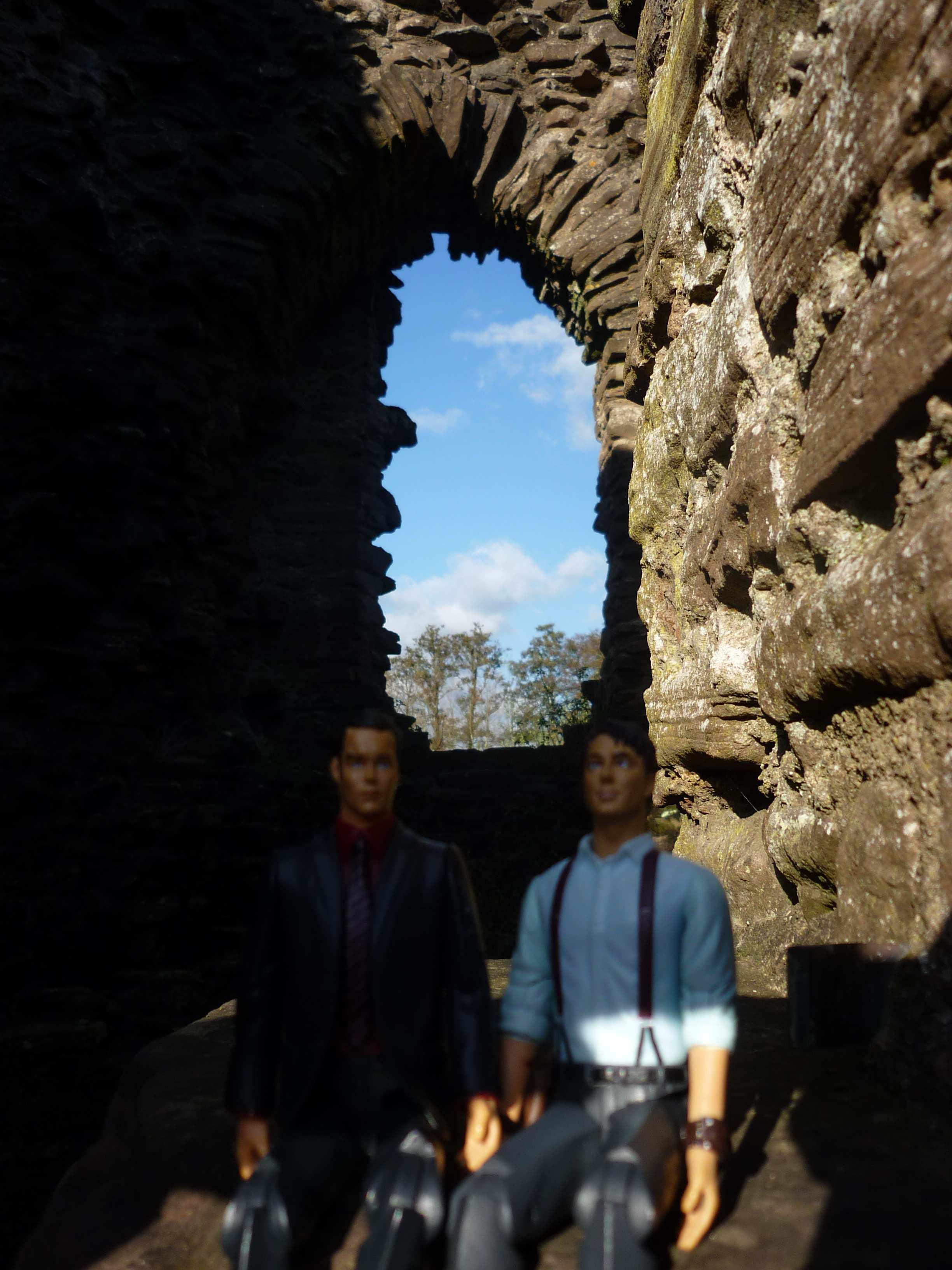 2012.11.05 -03- Skenfrith Castle