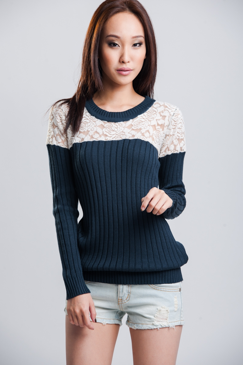 Serene Knit Top in Navy