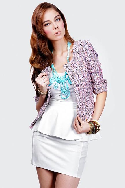 Amber Aveune textured peplum skirt in white Size L