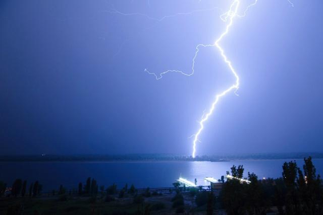 2014-05-06-молния