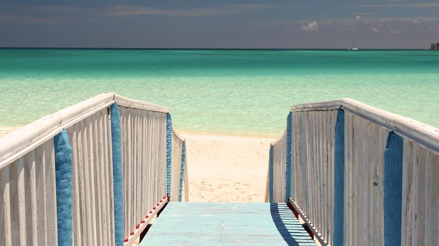 ТОП 5: Лучшие пляжи Кубы Playa-Pilar-001