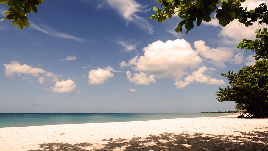 ТОП 5: Лучшие пляжи Кубы Playa-Ancon-002