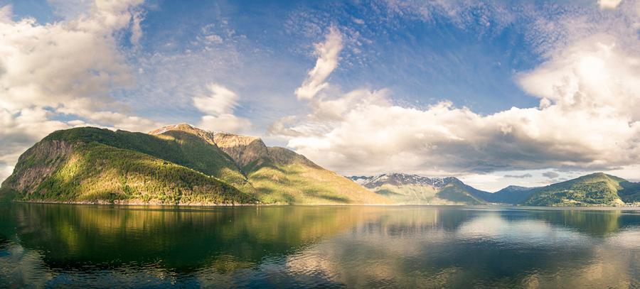 Norway-Hardangerfjord