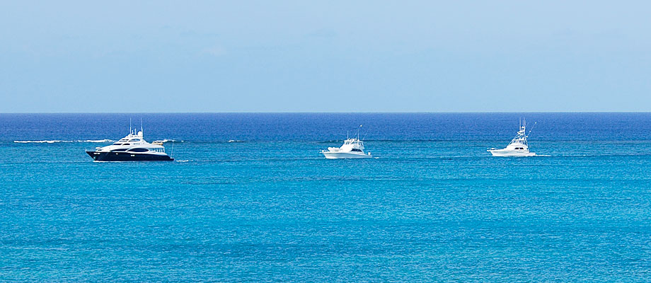 fishing-boats-providenciales