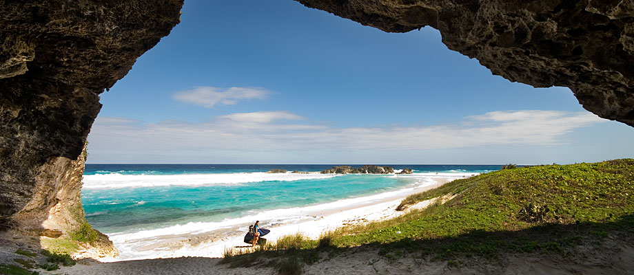 mudjin-harbour-cave-middle-caicos