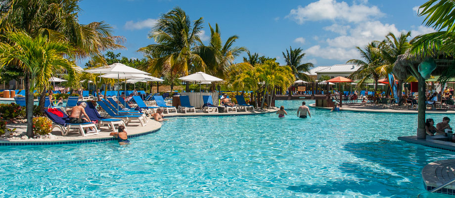 pool-cruise-center-grand-turk