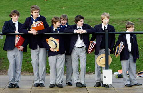 Информация к разным размышлениям. Британские школьники считают правила орфографии пережитком прошлого