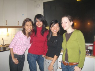 L-R: Andeline, Jean, Shan Ru, Julia from Austria