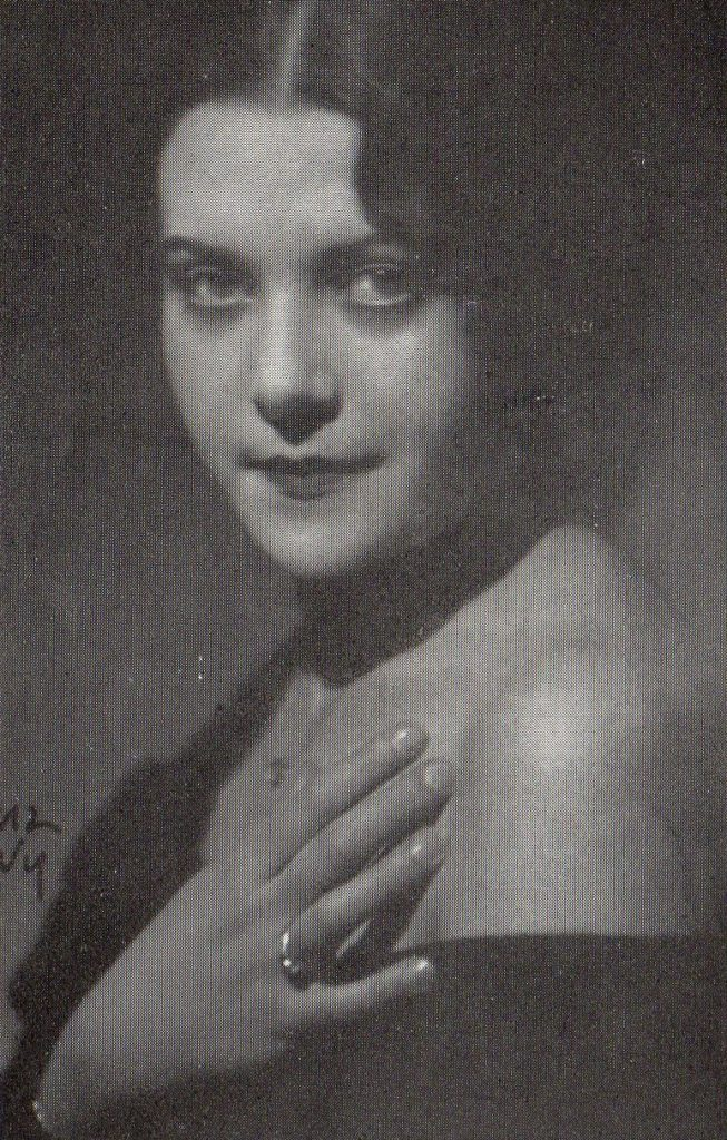 Eliane Tayar