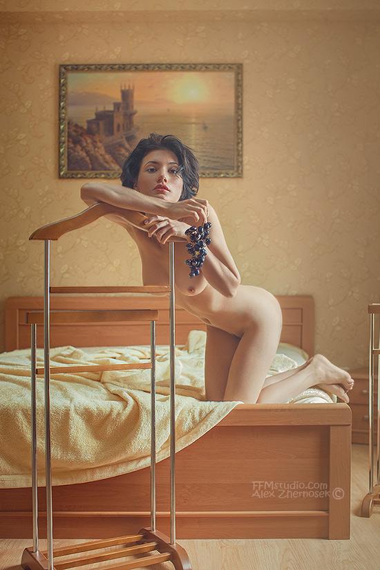 IMG_9956_zhernosek_ffmstudiocom_in_room_hotel
