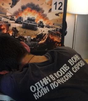 Один в Поле воин коли по-русски скроен