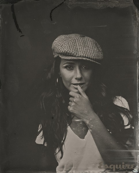 esq-10-exclusive-sundance-portraits-emmanuelle-chriqui