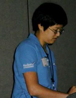 Mel Chua presenting at OLF