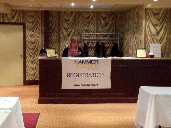 12_hammercon2013_registration_desk
