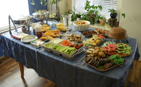christmas-party-buffet-food-ideas-party-buffet-food-cold-storage-christmas-menu-l-001a571939fde42a.jpg