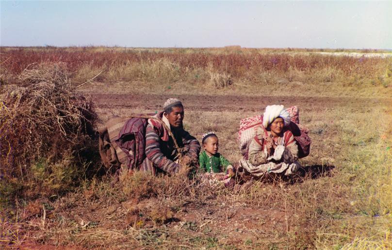 киргизы в голодной степи