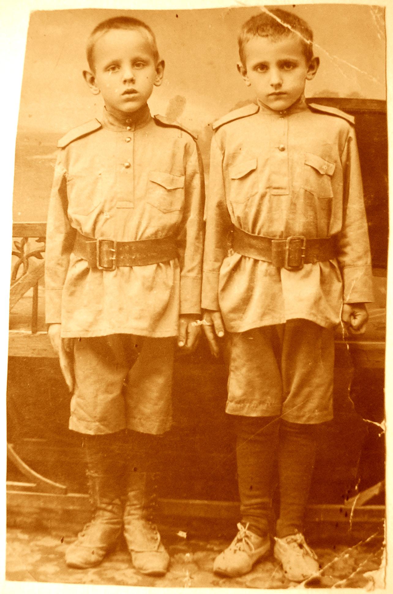 лев и игорь дунин-барковские 1918-1919 г.