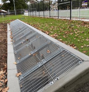 Stormwater retention pit