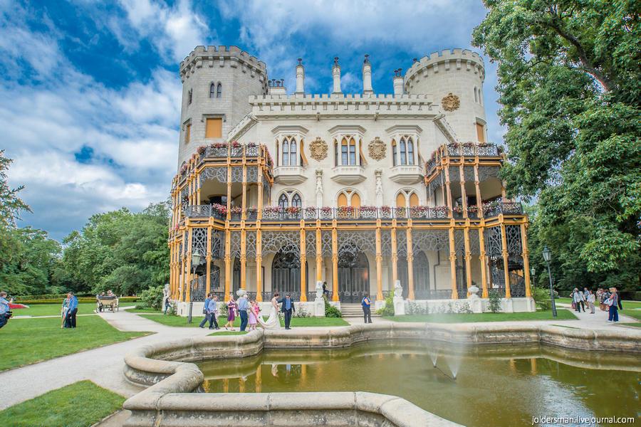 Свадебная фотосессия в замке Глубока над Влтавой