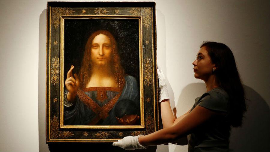 Картина Леонардо да Винчи Спаситель мира перед аукционом октябрь 2017 года.jpg