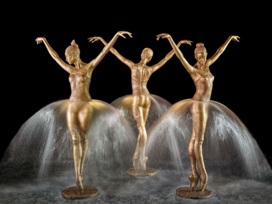 Фонтан Три прима-балерины - 2017.jpg
