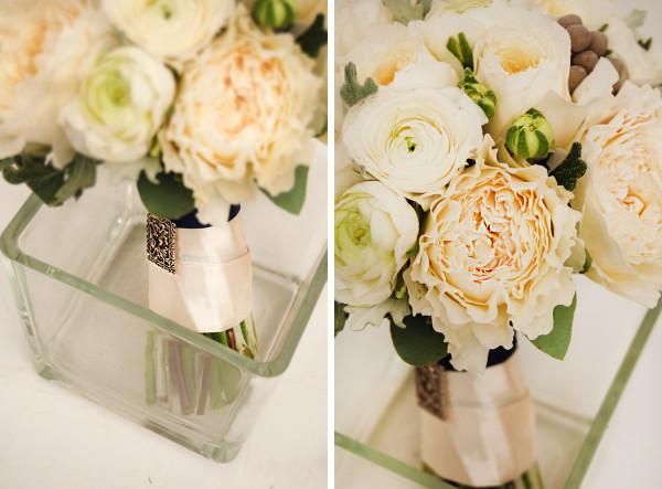 Свадебный букет с пионовидной розой
