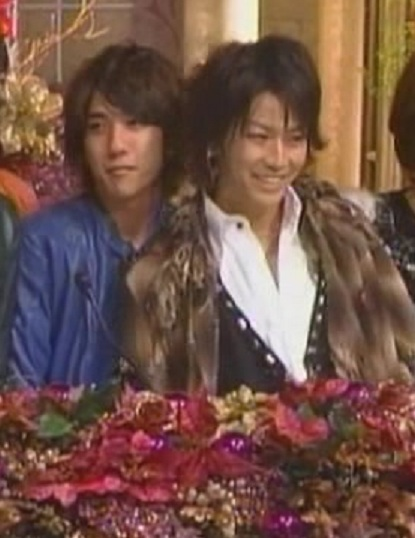 2007 12 11 - Best artist  KAT-TUN - Keep the faith 1409