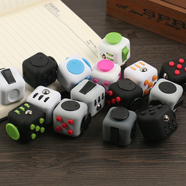 ZHAOKAOFEI-Fidget-Cube-Original-Style-with-Clickable-Ball-Puzzles-Magic-Fidget-Cubes-Toy-3-3cm-Toys