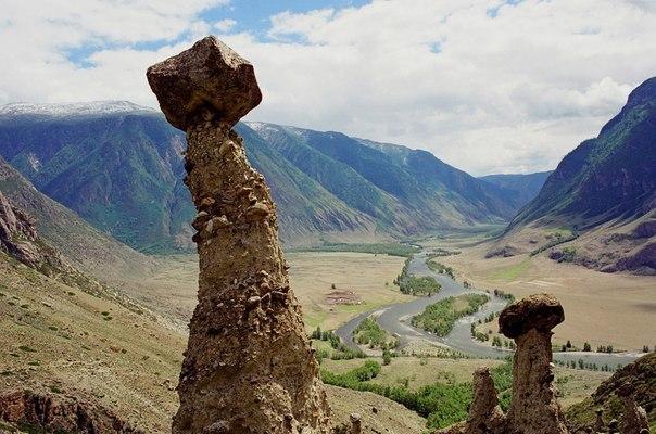 Каменные грибы урочища Аккурум