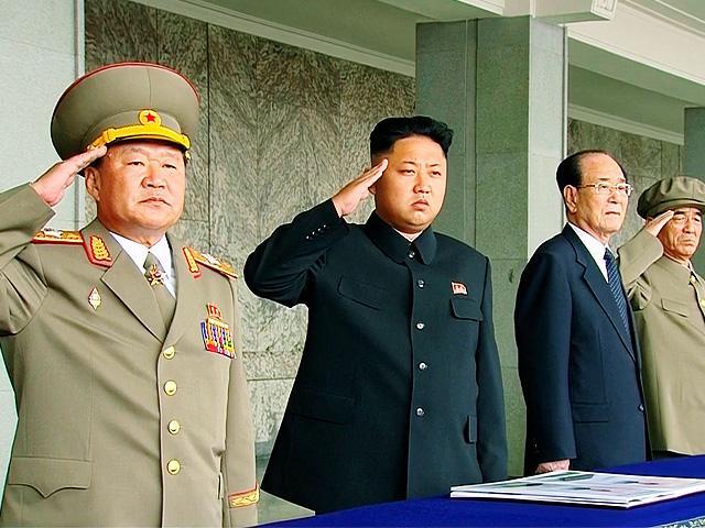 Ким и военный