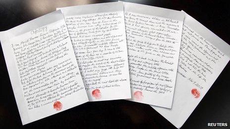 Написанное от руки признание американца в преступлениях против КНДР (с его отпечатком пальцев на каждой странице)