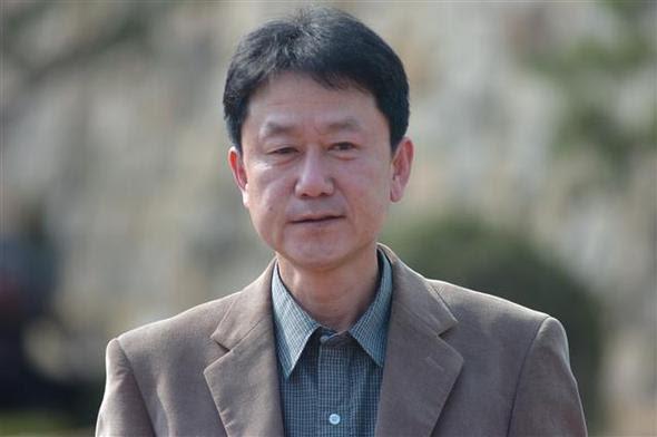 Южнокорейский продавец книг потерял средства добывания себе на пропитание - за продажу книг, связанных с Северной Кореей