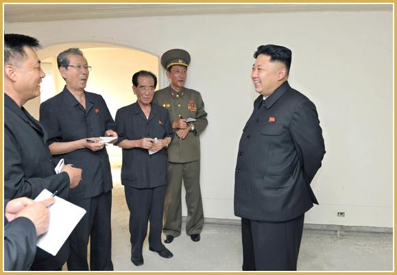 Маршал Ким Чен Ын посетил стройку жилого массива для ученых Университета имени Ким Ир Сена