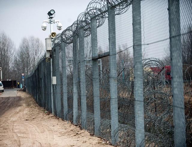 стена в Венгрии