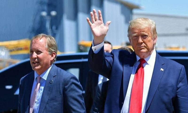 Генеральный прокурор Техаса Пакстон и Трамп
