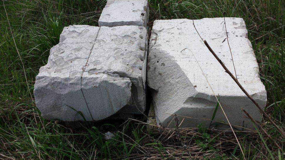 разрушенный блок после трех зим 2