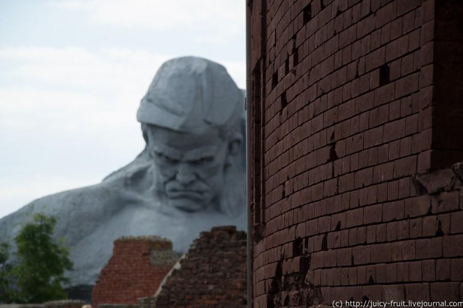 Монумент Мужество в Брестской крепости