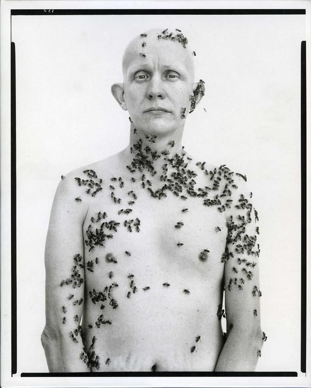 Richard-Avedon-beekeeper