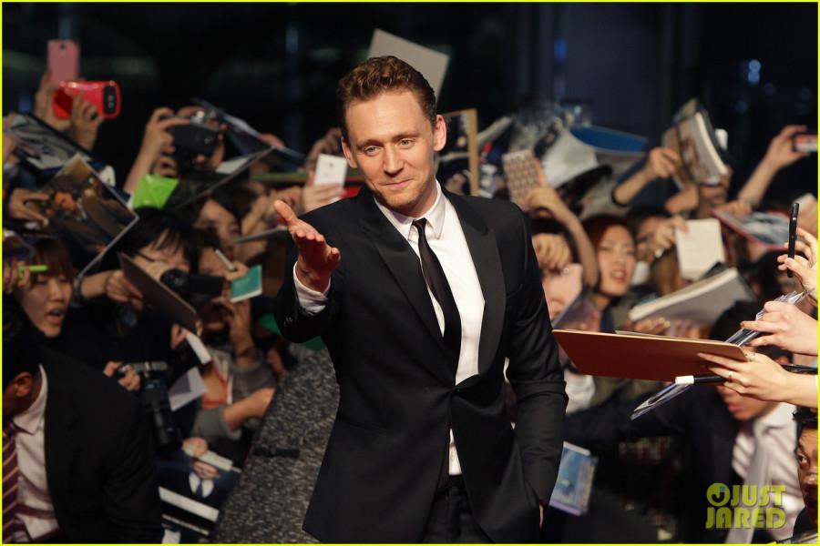 tom-hiddleston-thor-the-dark-world-south-korea-premiere-18
