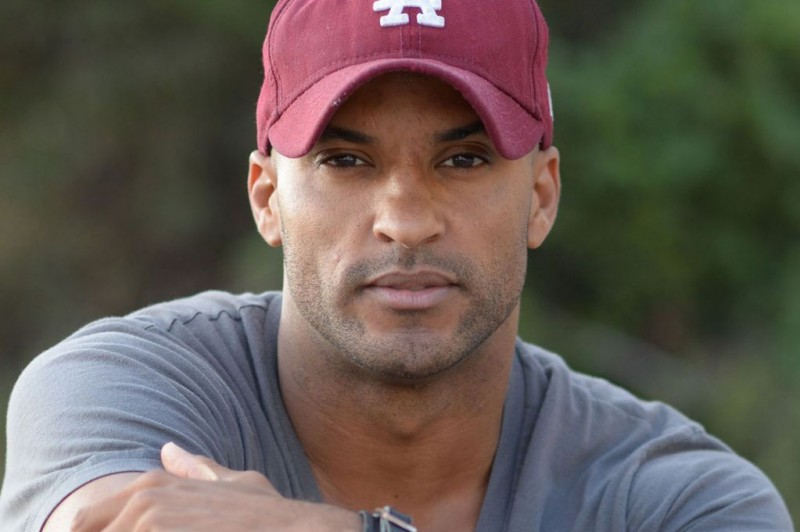 PAY-MAIN-Ricky-Whittle
