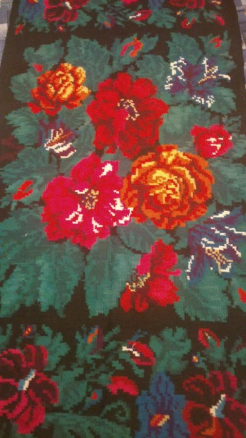 Ковер с цветами