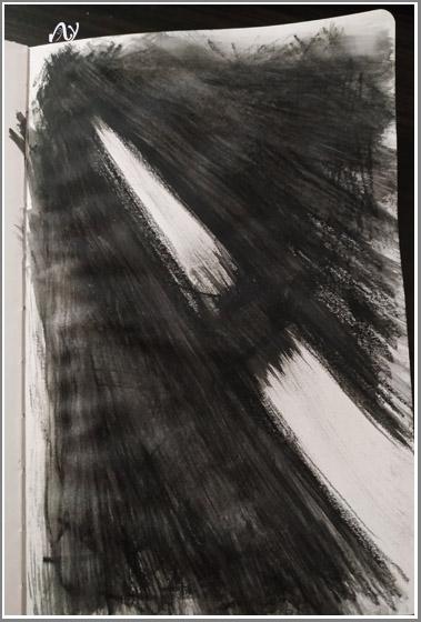 Бумага, черный акварельный карандаш
