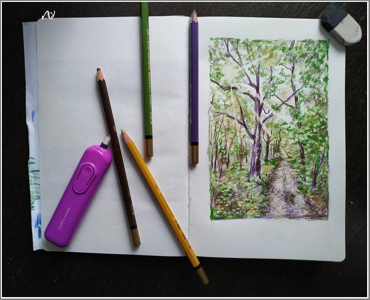 скетчбуковая бумага А5, четыре цветных карандаша kooh-i-noor