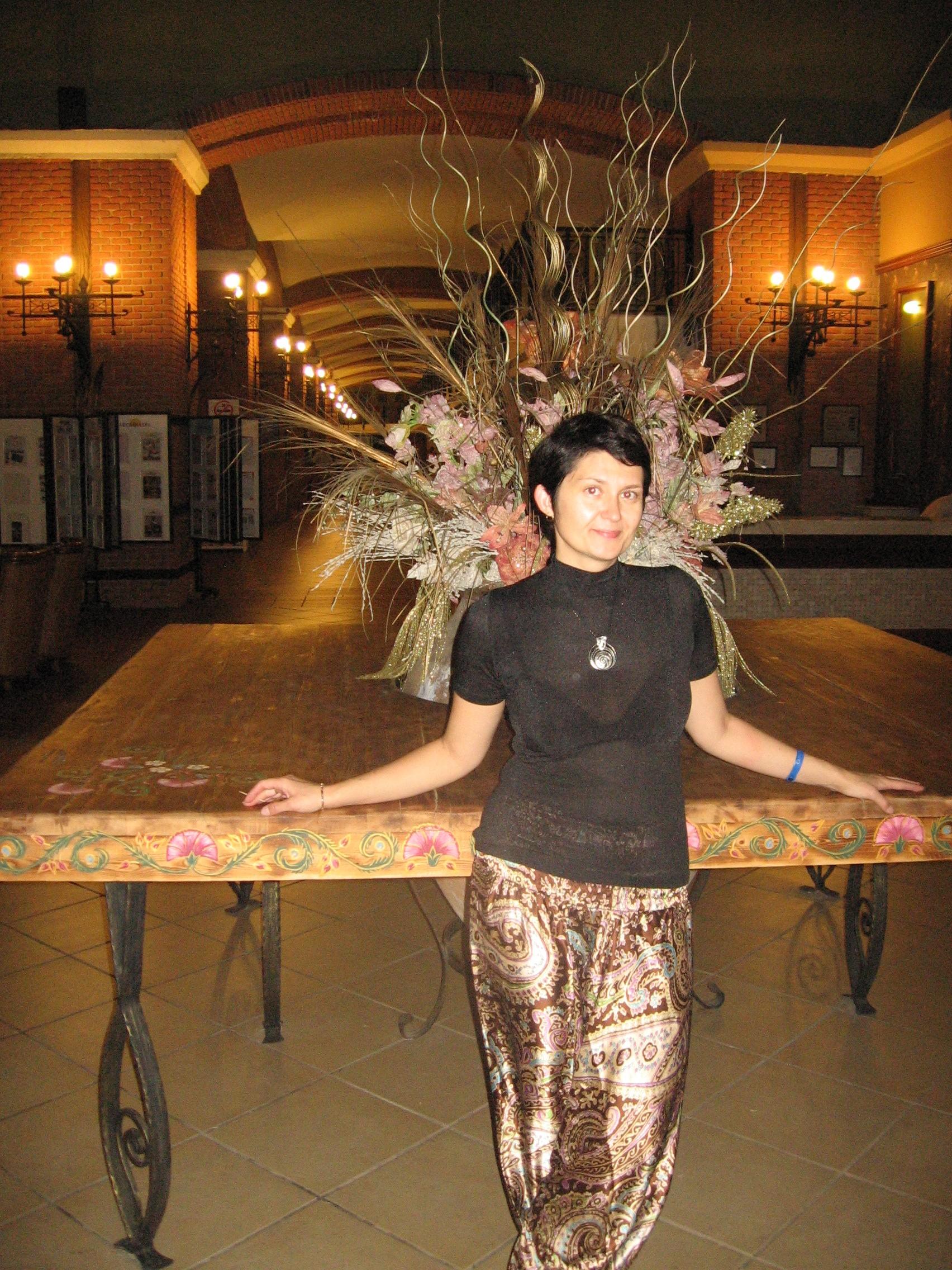 в холе отеля
