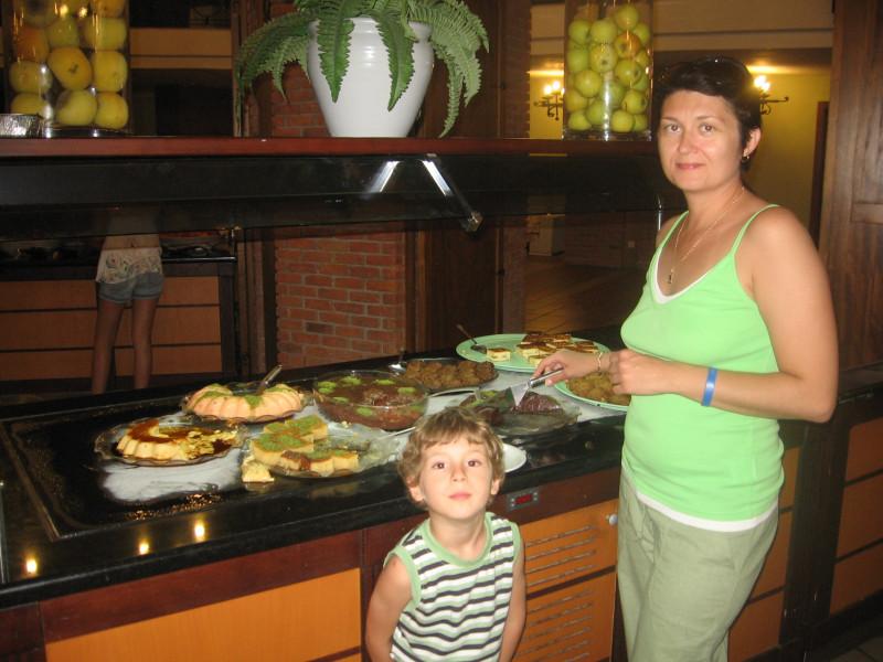 в то время я еще не была блогером и фотографий с едой у меня мало