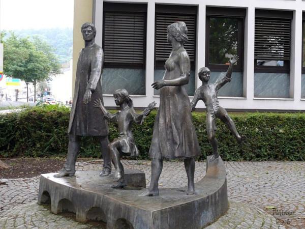 семье4 германия